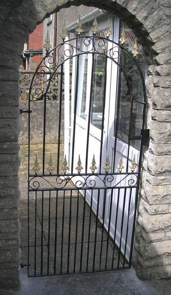 Arch Top Gate with Scrolls .jpg