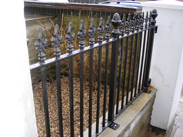 Reproduction Victorian railings.jpg