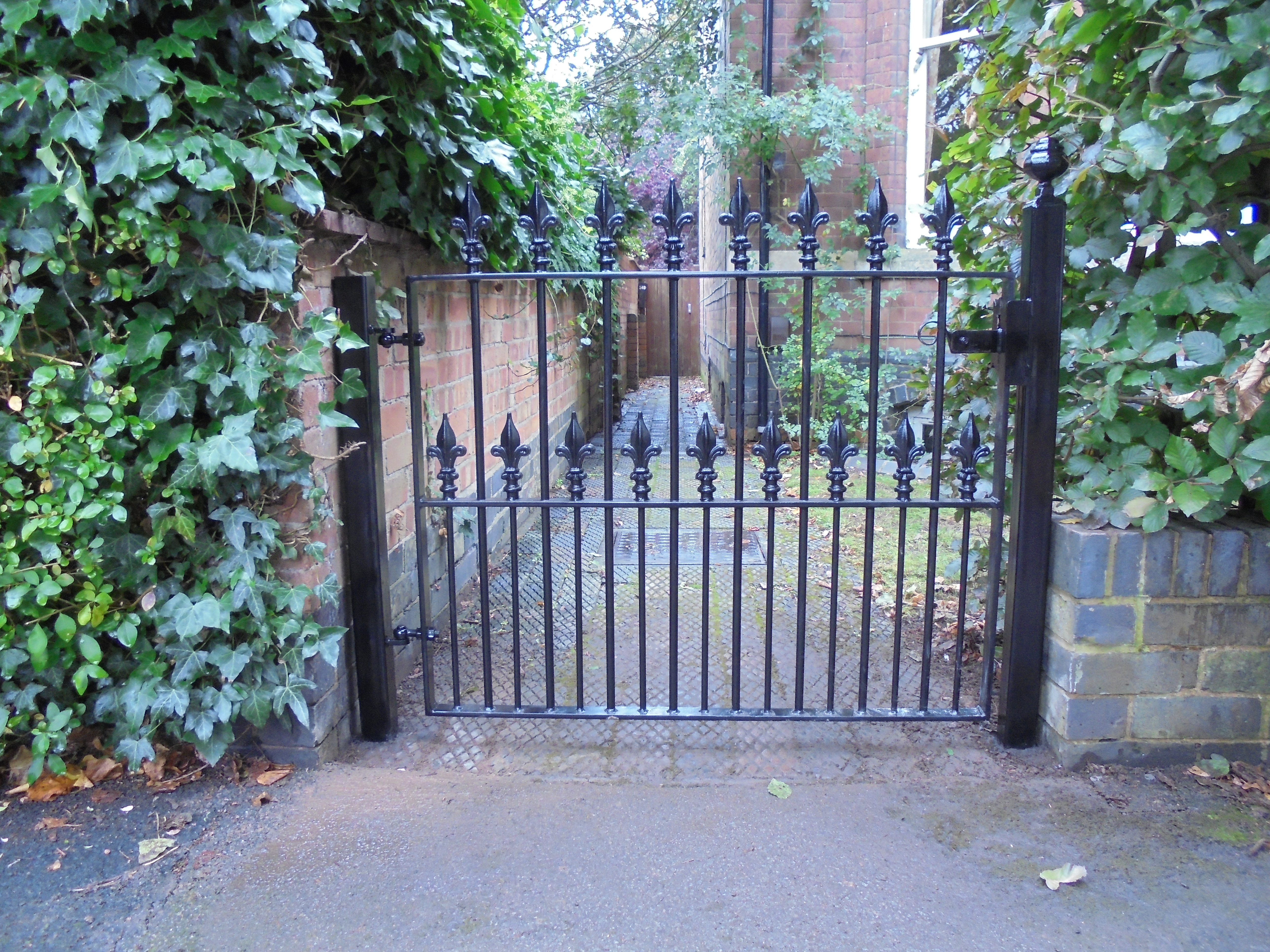 Victorian heavy duty gate (2)