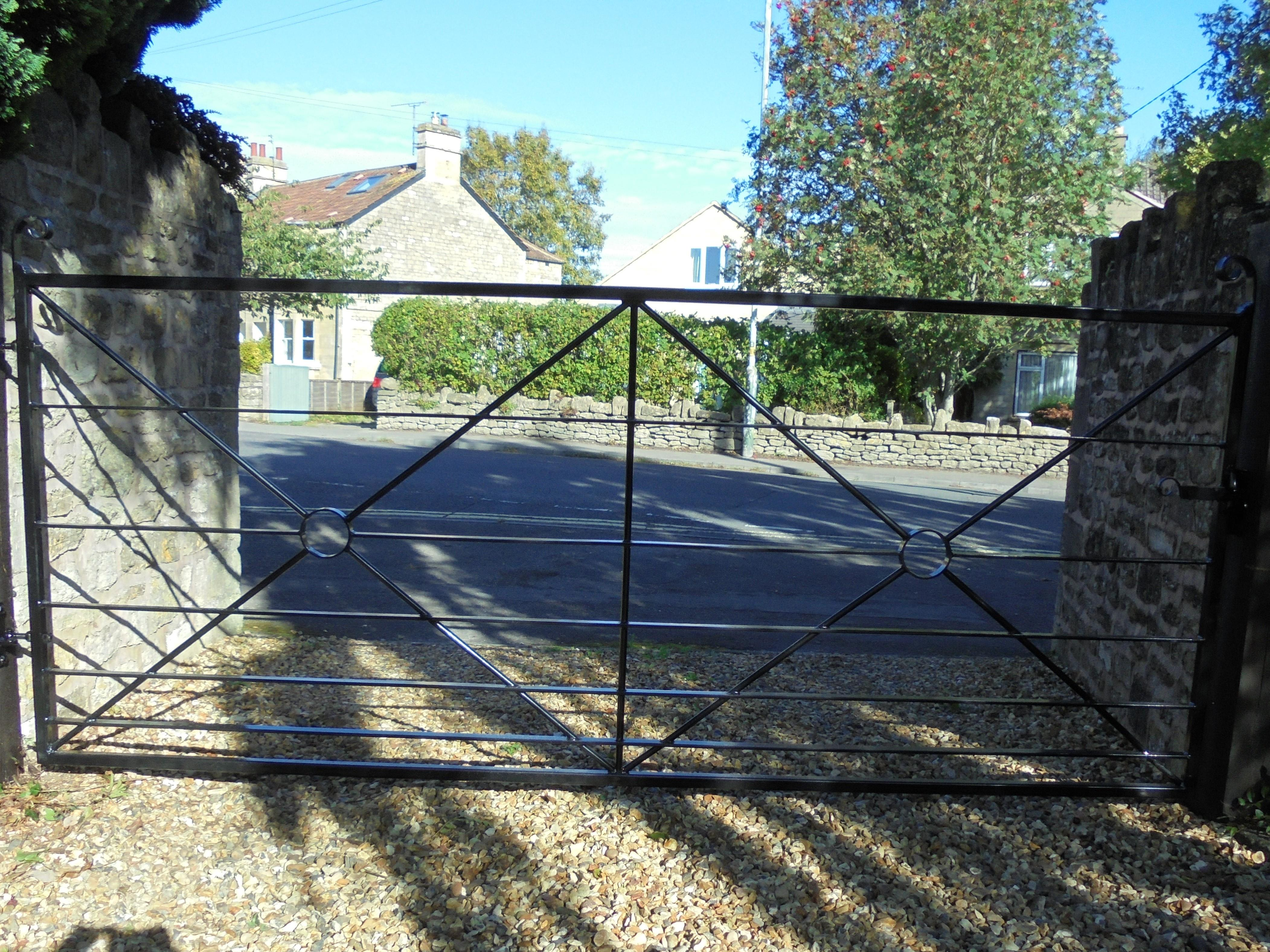 Field Gate with double cross and circle